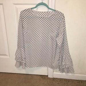 Tops - Ruffle sleeved polka dot blouse